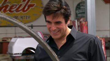 Frame 39.621199 de: David Copperfield le hace un encargo mágico a Rick