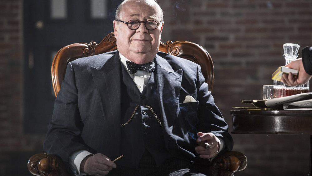 Winston Churchill, Primer Ministro británico