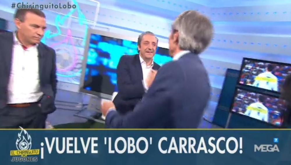 El abrazo entre Lobo Carrasco y Josep Pedrerol