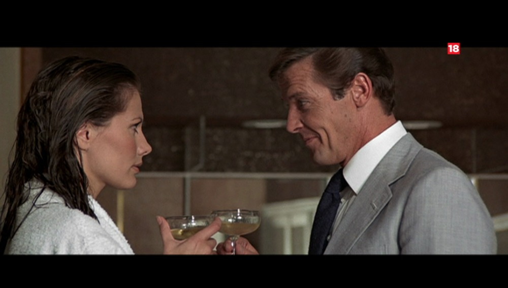 Noche de acción en Mega con triple sesión de Bond