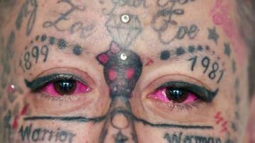 Frame 9.033813 de: La reina europea del tatuaje es Lydia Reyes, la más tatuada de Europa