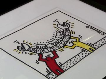 Frame 0.0 de: Rick paga un dineral por dos cuadros de K. Haring