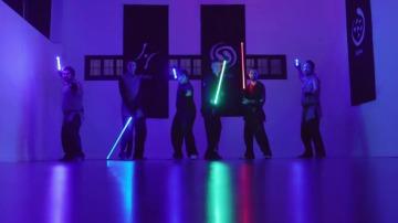 """Frame 0.993377 de: LudoSport, el deporte que mezcla artes marciales, esgrima y """"Star Wars"""""""