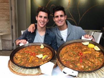 Álex Silvestre y Edu Aguirre comparten una paella